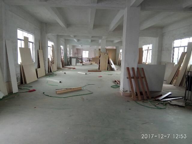 厂房600平方,共3层