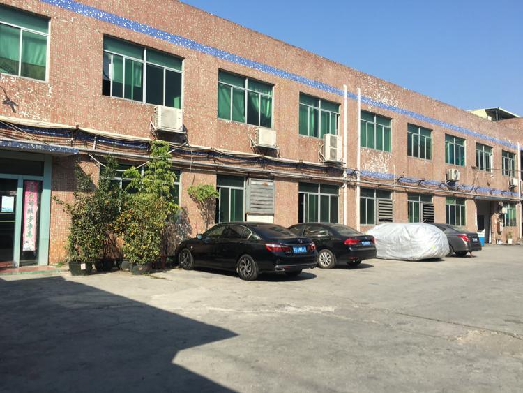 凤岗镇中心两层独门独院厂房3400平方米出租