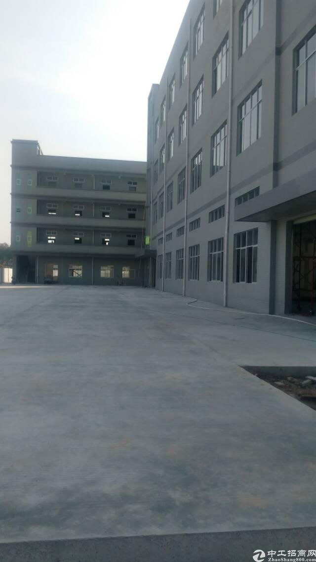 企石镇霞朗村独院厂房出租5000平方
