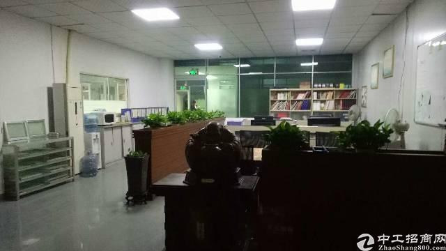 福永107国道边上新出楼上1300平方厂房招租