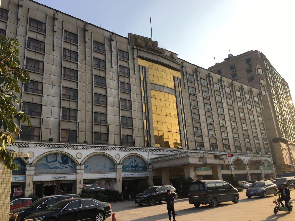 坂田万科城附近独院商业盘1-8层16000平方可分租