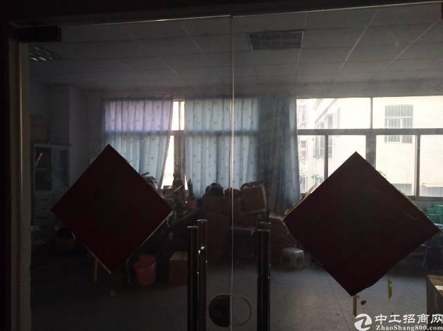 坂田杨美地铁站附近新出890平米厂房出租