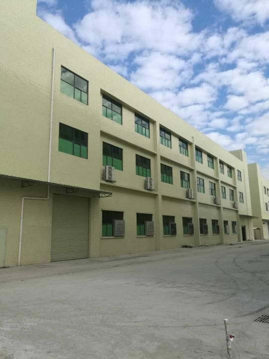 广东省政府大力扶持,标准厂房实际面积只租4元