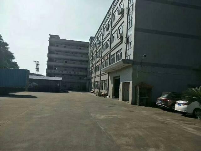 黄江镇靠公明新出二楼带精装修厂房出租