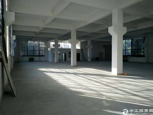 平湖全新建的厂房6800平方招租