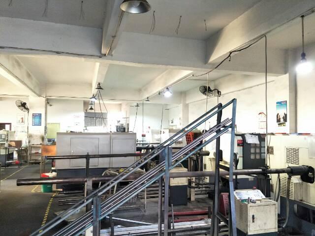 公明镇东坑村楼上500平方精装修厂房出租-图4