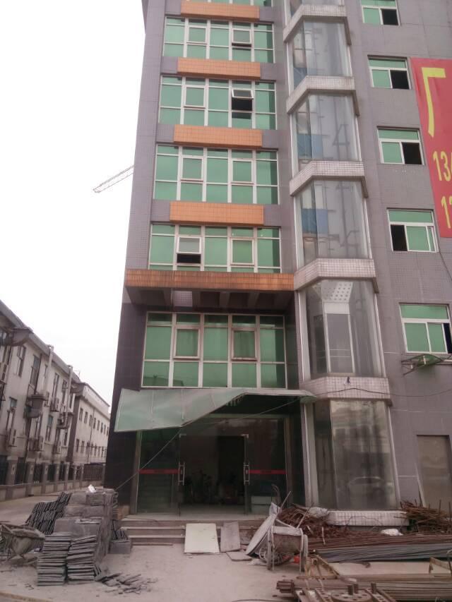 黄江镇与公明交界处豪华装修办公楼