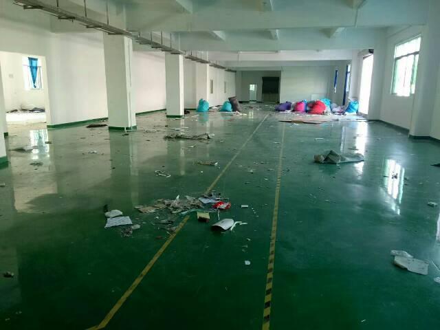 福永镇塘尾富源工业区三楼800平带装修厂房招租