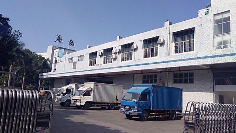平湖新出2200平方米一楼仓库靠近高速招租