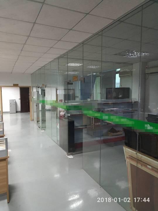 沙井西部工业区新出带装修厂房600平米出租