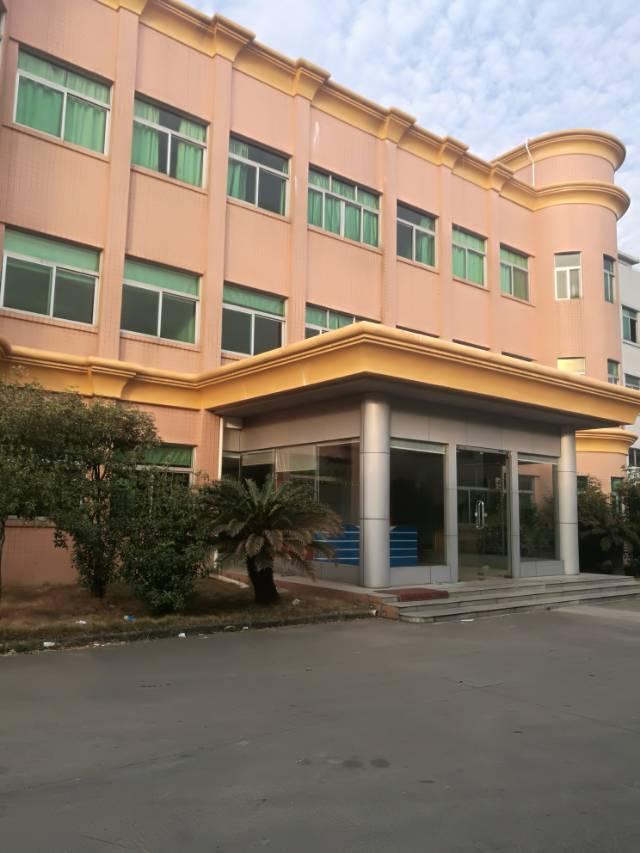 寮步经典标准独院,厂房三层13500平方,一楼六米,带牛角,