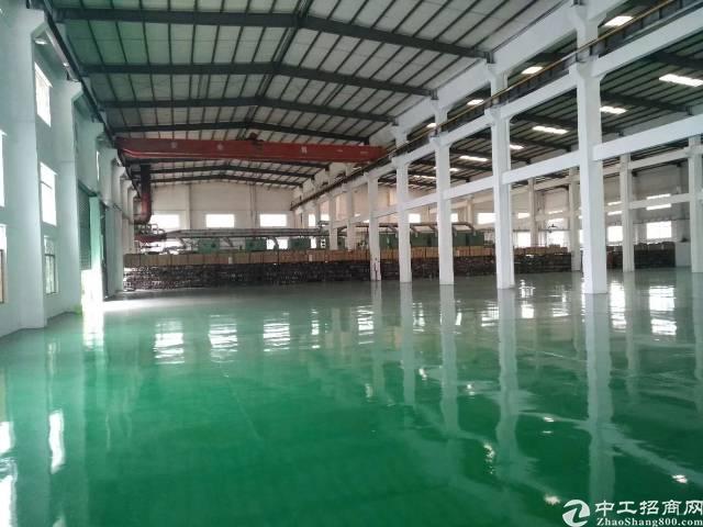 清溪全新12米高单一层独院厂房5400平米,带10吨行车