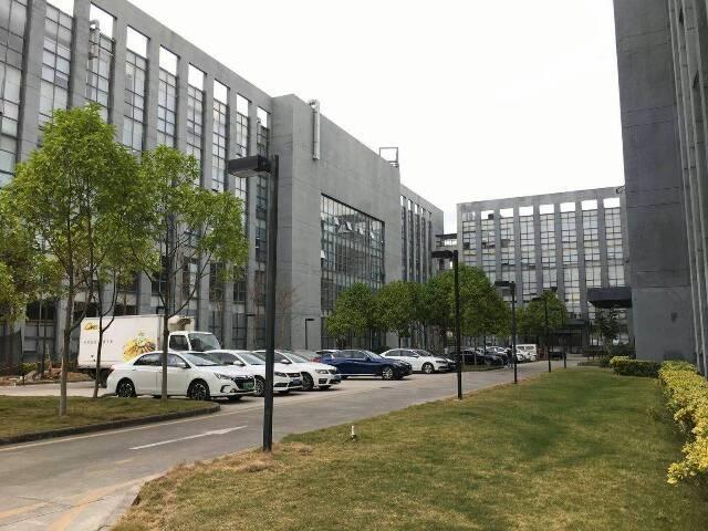 西丽 大学城附近独栋8000平火爆招租