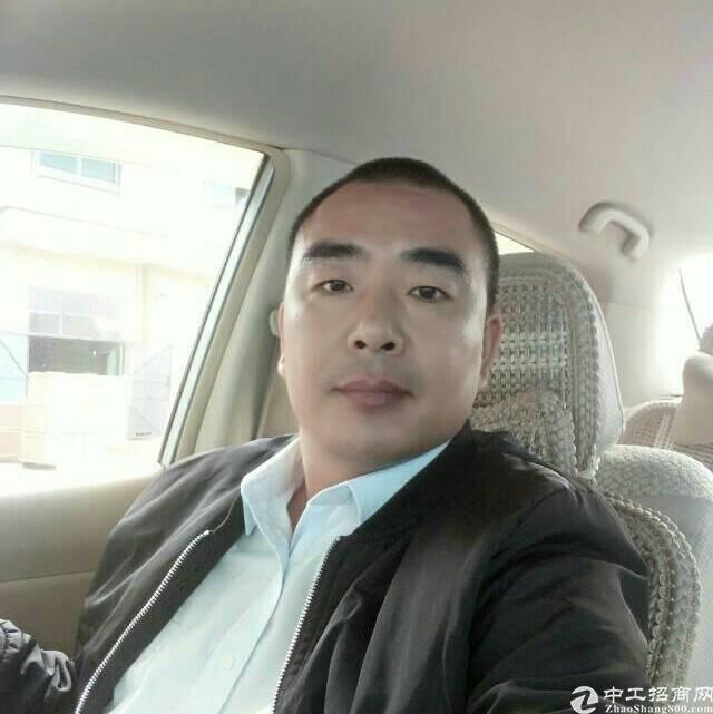 厂房经纪人刘波