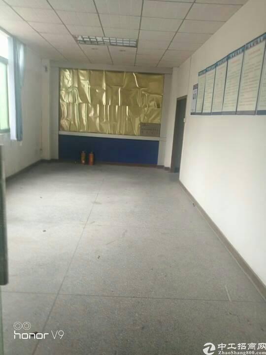 福永和平祥利工业区三楼新出750平厂房招租