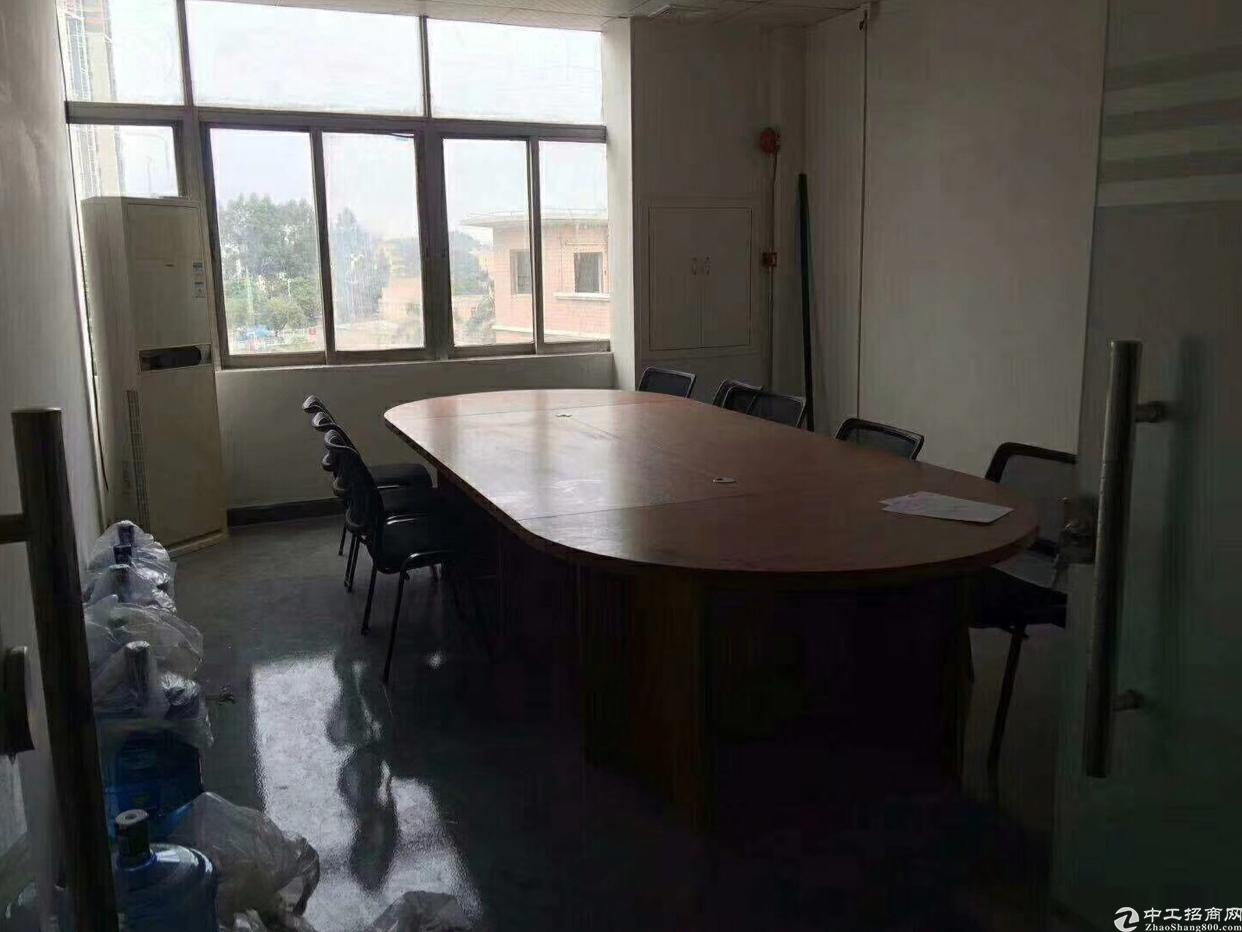 龙华新区精装修厂房出租,面积实在,无转让费