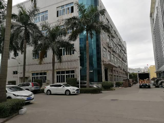 横岗 永湖地铁站一楼红本5米5标准厂房出租-图2