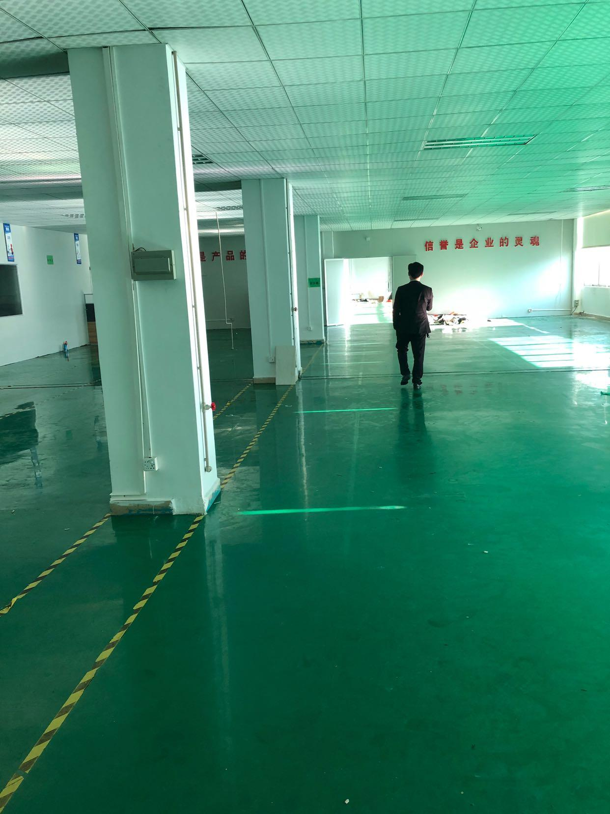 万江二楼4000平米带装修