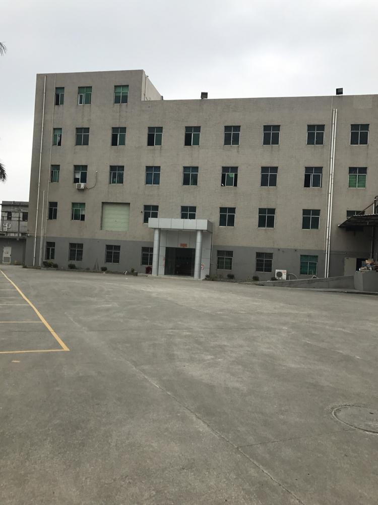 横岗 惠盐路边新出楼上精装1300平米低价出租