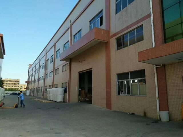 平湖华南城南门新木村一楼1100平方米原房东厂房招租