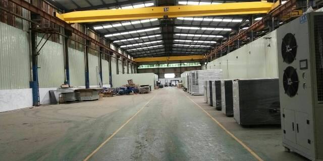 重工业福音,12米钢构厂房2300平方出租(含2部行车免费用