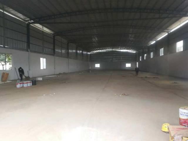 高速路口处全新独院钢构厂房出租,滴水8米