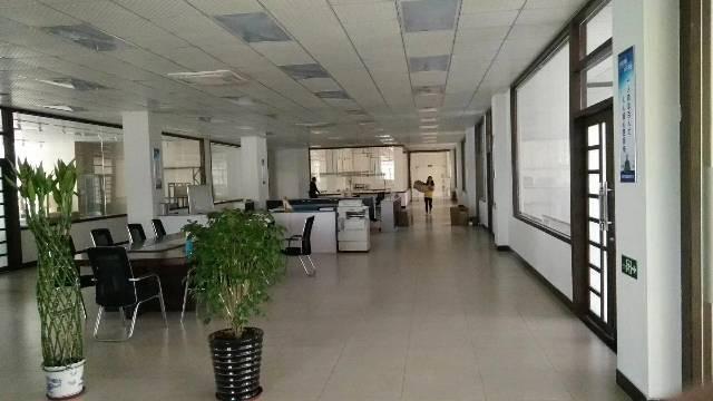 常平新出标准独门独院三层4500平方,宿舍1500共6000
