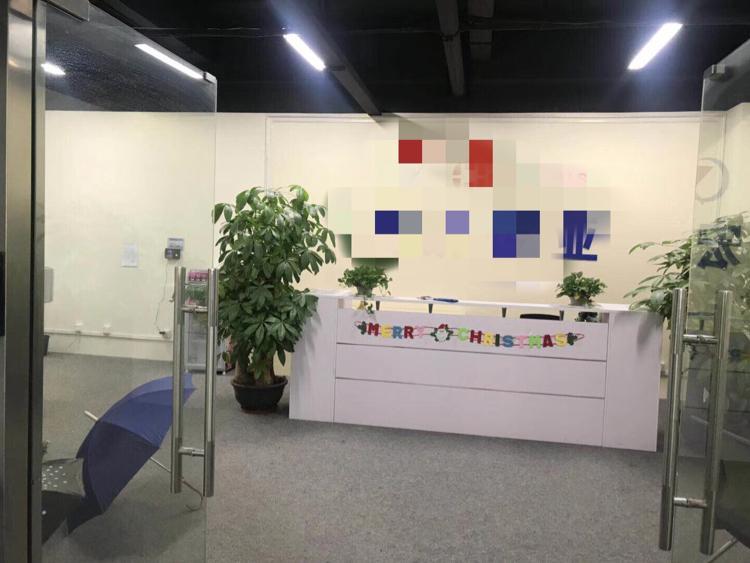 龙华大浪商业中心旁高新产业园精装修厂房900平