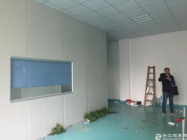 龙华英泰工业区4楼800平带装修厂房招租