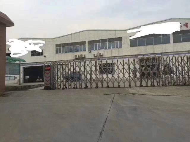 新出原房东1.5万平米重工业钢构高12米带航车出租