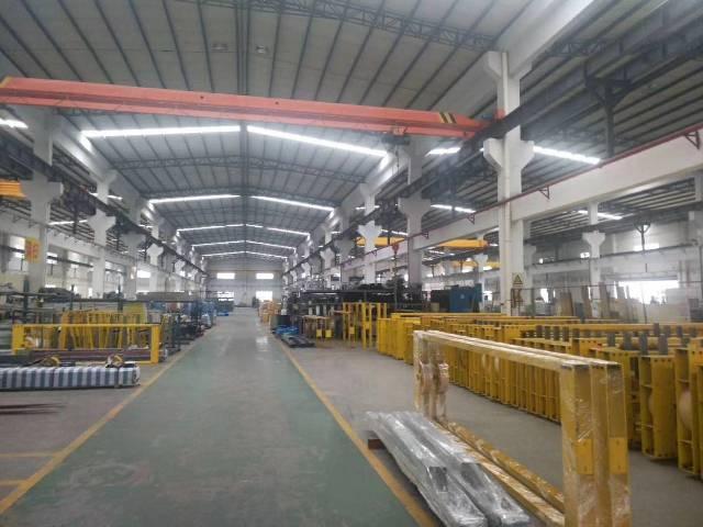 根竹园独门独院钢构厂房1.5万平方出租