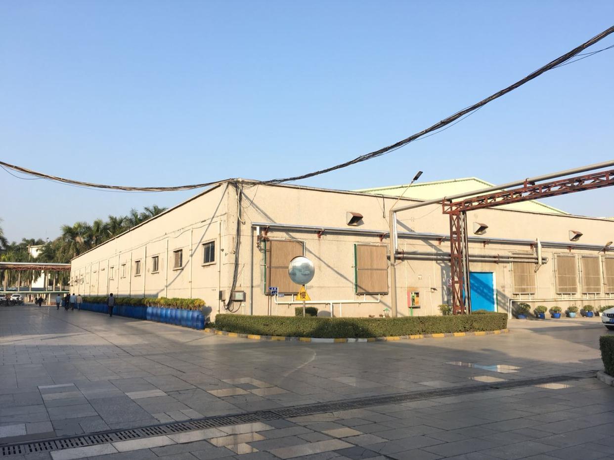公明超大型工业园独栋钢构4000平,形象高端,高度8米