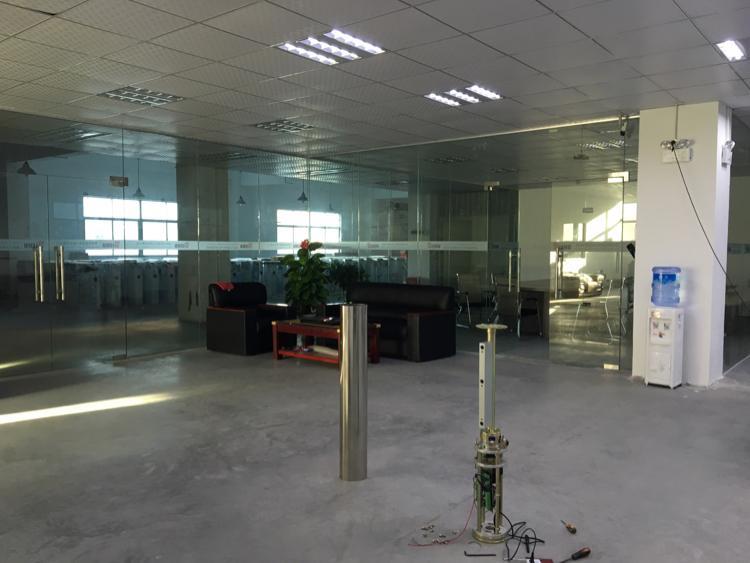 原房东厂房,2500平方,单层面积出租!有现成办公室-图2