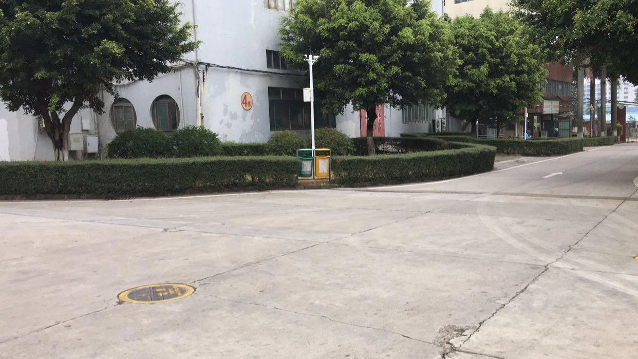 观澜福民新出红本厂房一楼1680平含税招租