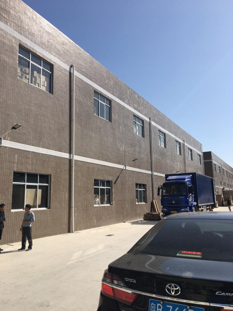 清溪近惠州两栋厂房13200平方出租,可分租
