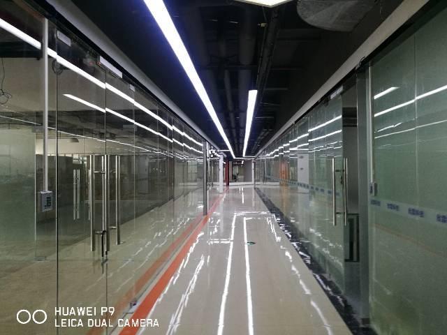 坂田地铁站精装小户型办公室出租