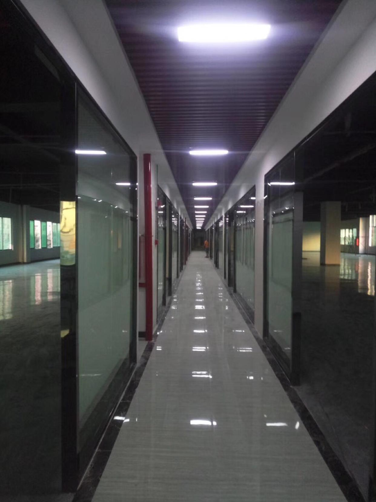 坂田杨美杨美地铁口附近精装修电商互联网产业园3000平方可分