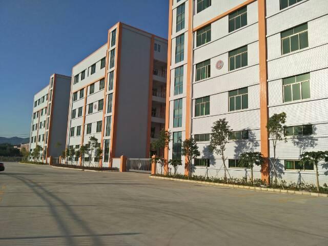 深圳周边高速口1公里新出全新厂房7500平,14元
