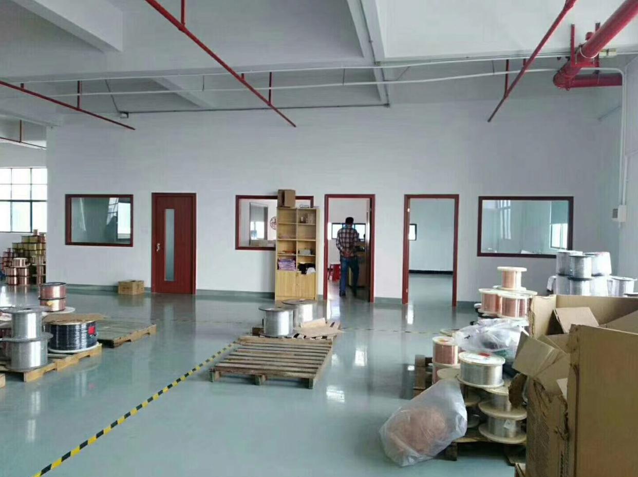 龙华大浪商业中心附近800平精装修厂房出租,面积实在-图3