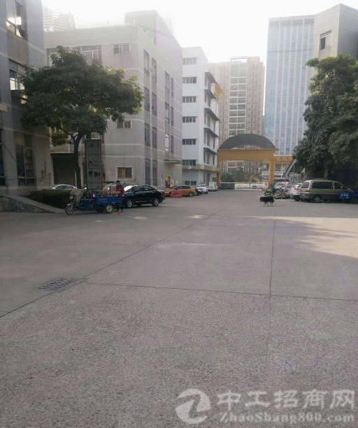 公明镇中心龙大高速出口附近一楼二楼每层1840平方厂房-图5