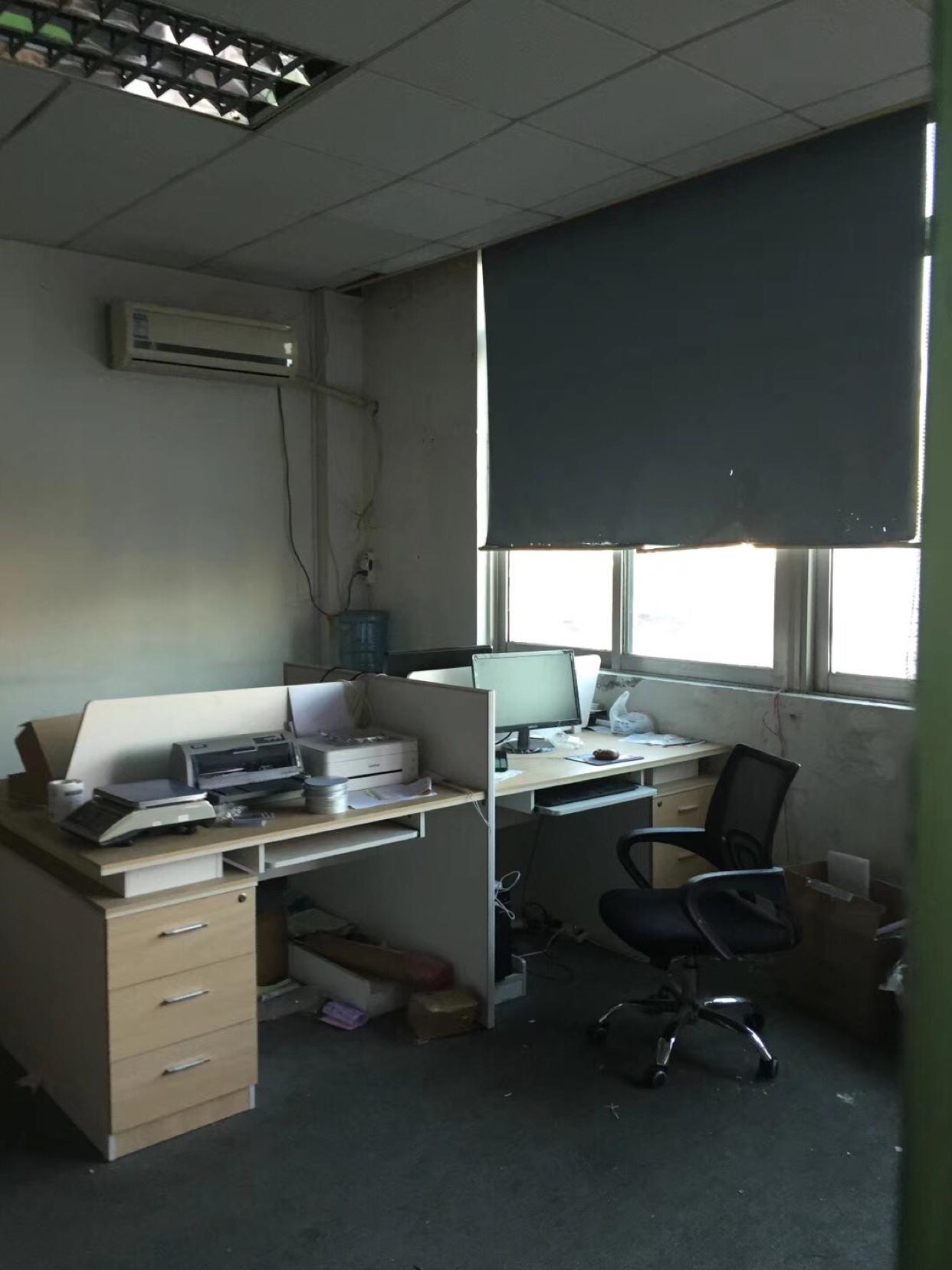 龙华天汇附近500平厂房出租,带现成装修,直接拎包进驻
