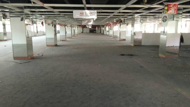 平湖白泥坑展厅式0厂房招租