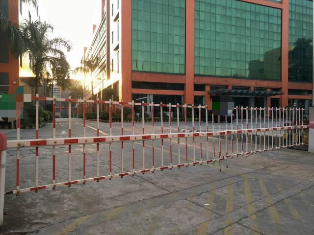 长安镇新出楼上带精装修厂房6000平方