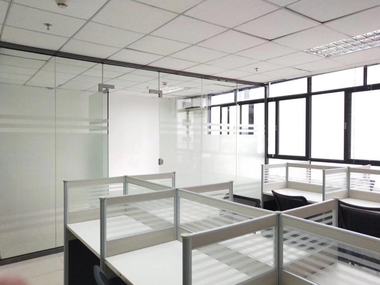 龙华油松精装修大厦带办公用品,价格实惠