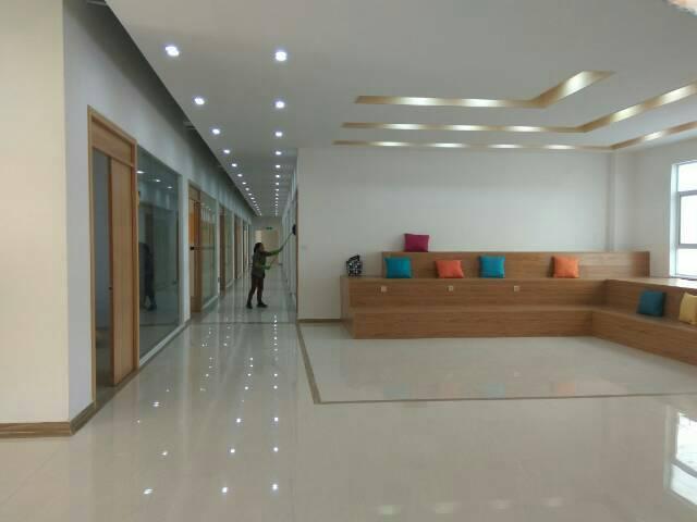 清湖地铁口精装修办公室出租大小58-158-1000㎡大小分