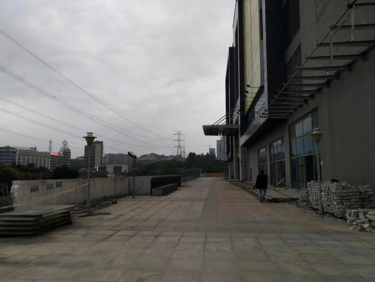 布吉新出厂房16000平出租