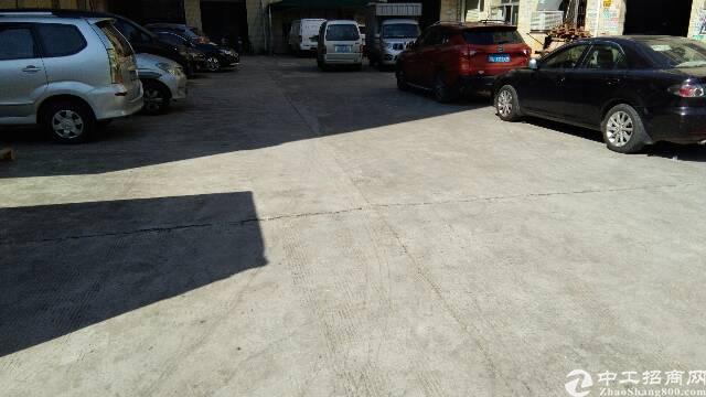 辅城坳工业区楼上标准厂房现成办公室装修-图3