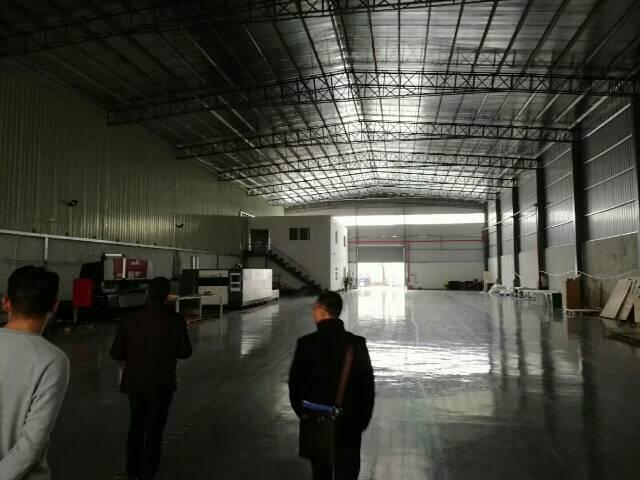 黄江镇中心新空出10米高钢构出租-图2
