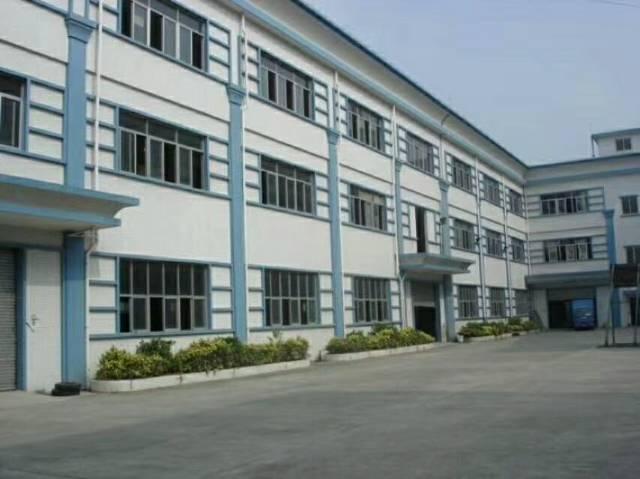 清溪新出厂房1800平,可做烤漆,丝印,喷漆等,有环评证