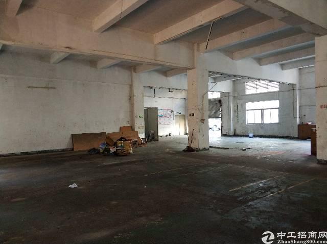 龙岗区横岗镇大康社区一楼厂房空出780平层高五米现成航车